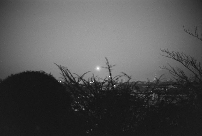 5-Moon-Luna-Italy