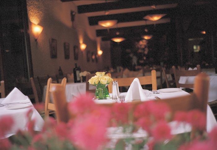 3-tavola-fiori-crop